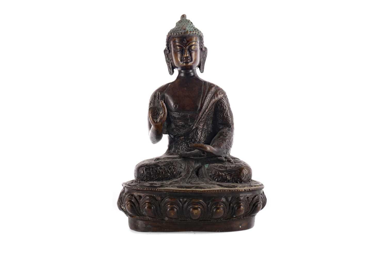 Lot 807 - A LATE 19TH CENTURY CHINESE BUDDHA
