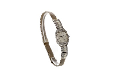 Lot 904 - A LADY'S DIAMOND AND PEARL MANUAL WIND COCKTAIL WATCH