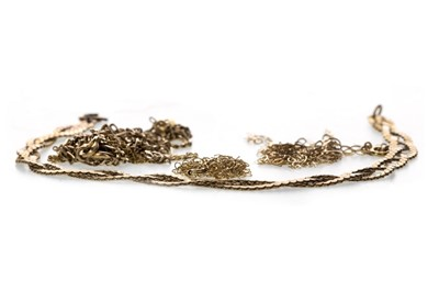 Lot 828-A COLLECTION OF GOLD ITEMS