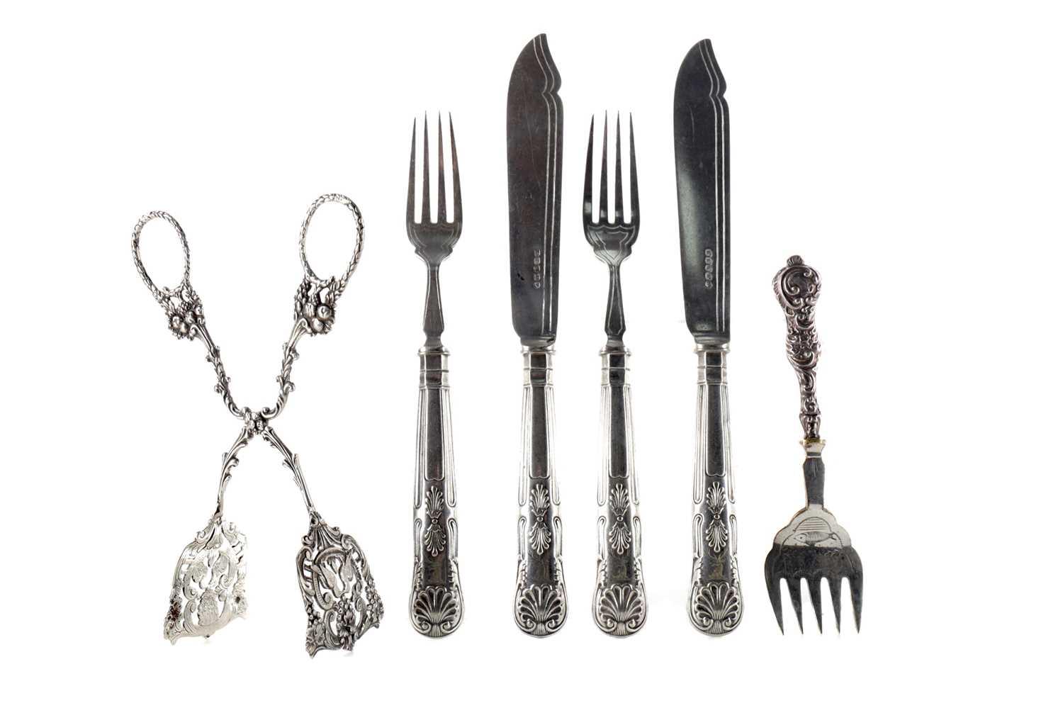 Lot 482 - A COLLECTION OF SILVER AND PLATED FLATWARE