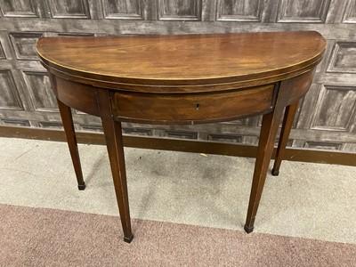 Lot 1368 - A 19TH CENTURY MAHOGANY TURNOVER TEA TABLE