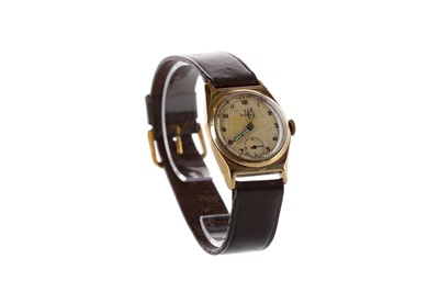 Lot 935 - A GENTLEMAN'S OMEGA NINE CARAT GOLD MANUAL WIND WRIST WATCH