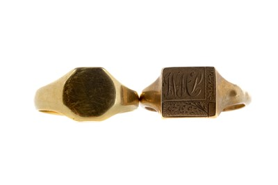 Lot 321 - TWO SIGNET RINGS