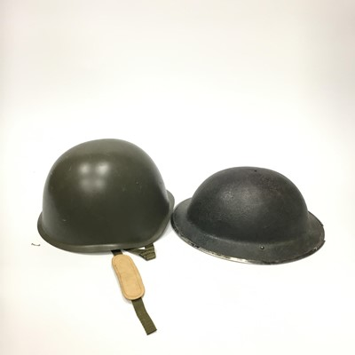 Lot 1393 - A BRITISH WWII TIN HAT ALONG WITH OTHER HATS
