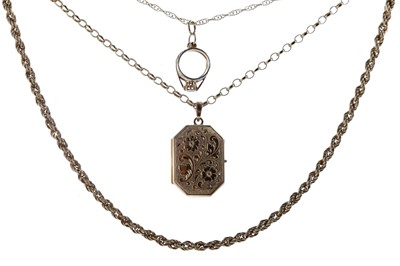 Lot 350 - A GROUP OF GOLD CHAINS AND PENDANTS