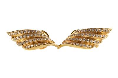 Lot 349 - A PAIR OF DIAMOND EARRINGS