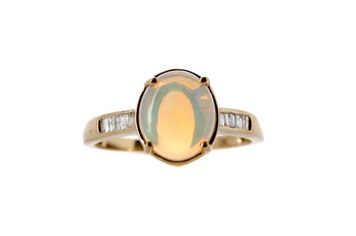 Lot 372 - AN OPAL AND DIAMOND RING