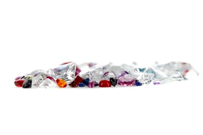 Lot 418 - A COLLECTION OF UNMOUNTED GEMS
