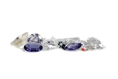 Lot 425 - A COLLECTION OF UNMOUNTED GEMS