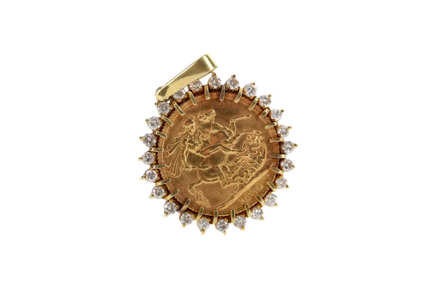 Lot 25 - A SOVEREIGN PENDANT DATED 1914