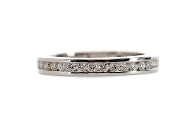 Lot 421 - A DIAMOND ETERNITY RING