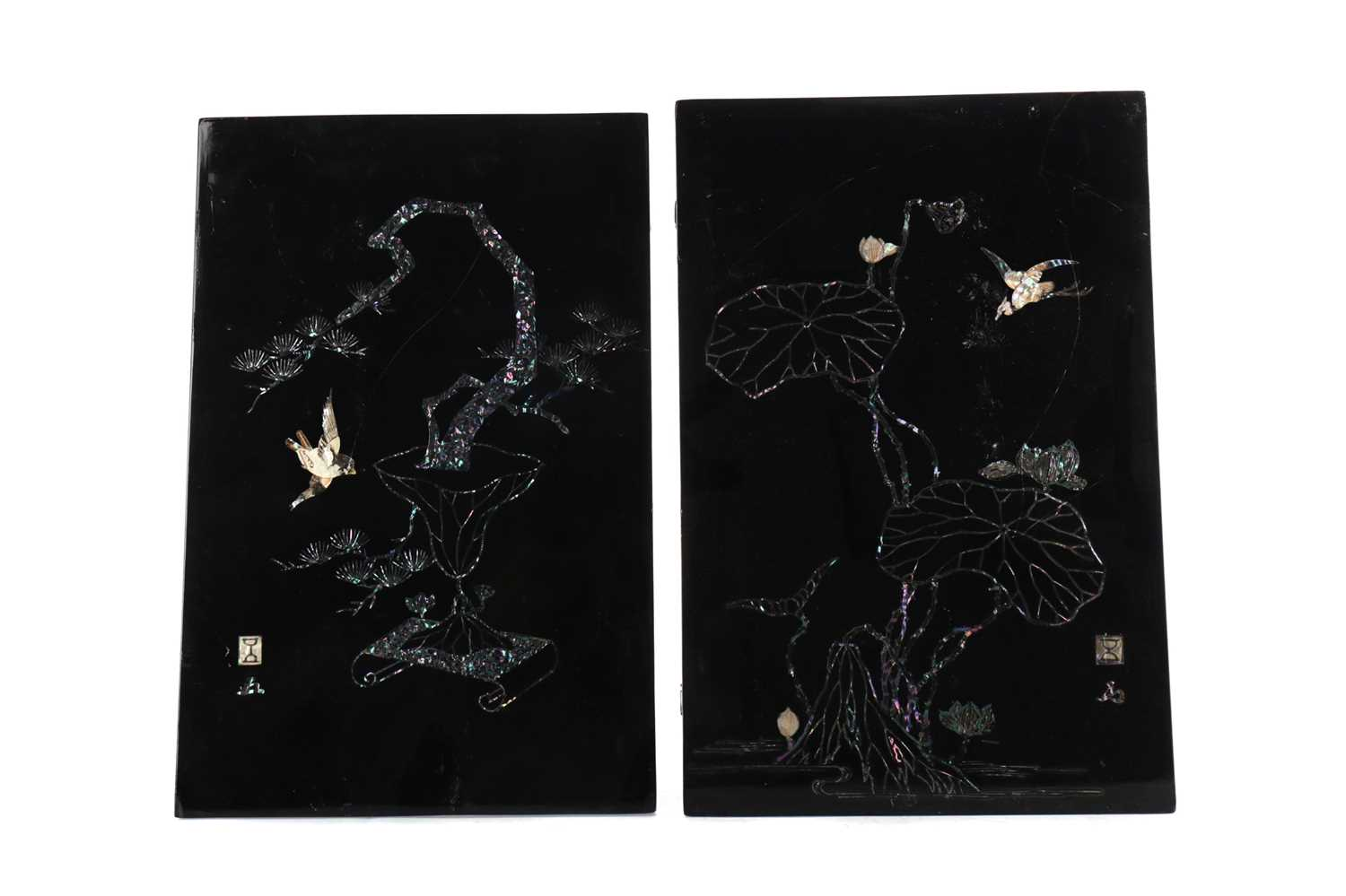Lot 737 - A LOT OF TWO PAIRS OF JAPANESE UPRIGHT WALL PANELS