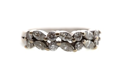 Lot 1324 - DIAMOND DRESS RING