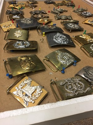 Lot 1633 - A COLLECTION OF SCOTTISH REGIMENTAL BELT BUCKLES