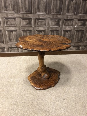 Lot 1640 - A 20TH CENTURY BURR ELM OCCASIONAL TABLE