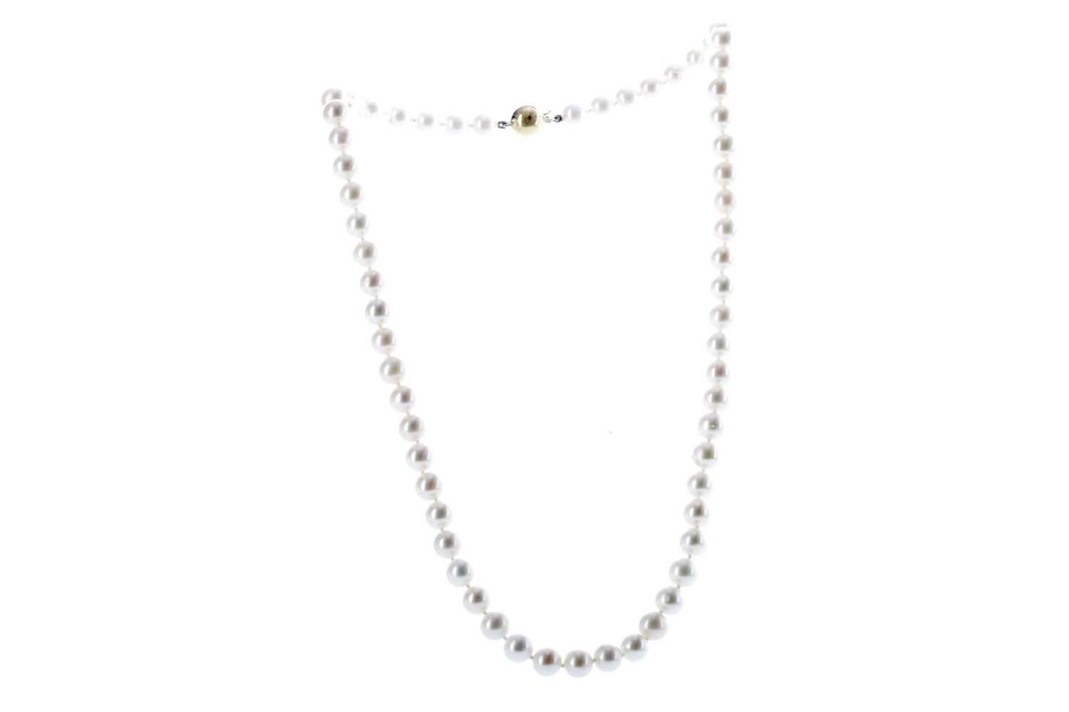 Lot 1330 - A PEARL NECKLACE, EARRINGS AND A PAIR OF CAMEO EARRINGS