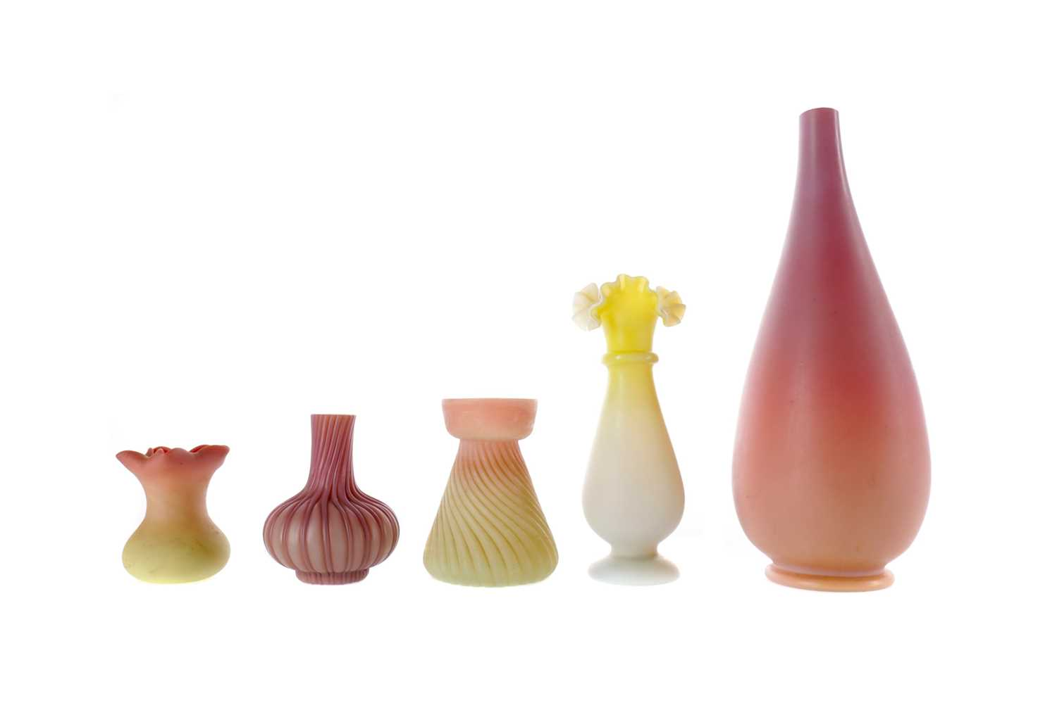 Lot 1079 - A VICTORIAN THOMAS WEBB & SONS BURMESE SATIN GLASS VASE ALONG WITH FOUR OTHERS