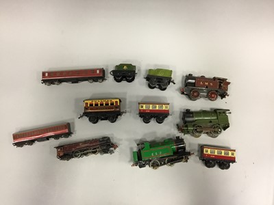 Lot 1655 - A LOT OF TINPLATE LOCOMOTIVES