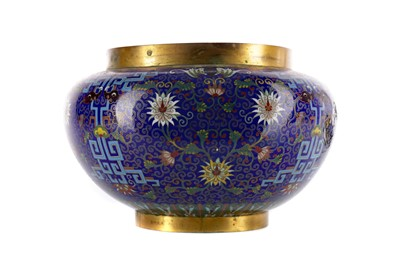 Lot 749 - AN EARLY 20TH CENTURY CHINESE CLOISONNE BOWL