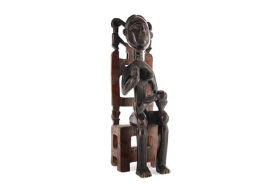Lot 704 - AN AFRICAN CARVED WOOD FIGURE
