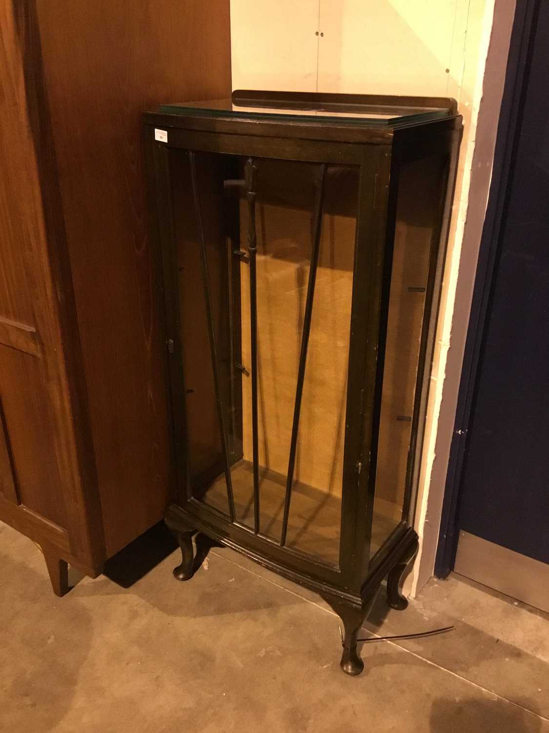Lot 881 - A STAINED WOOD DISPLAY CABINET