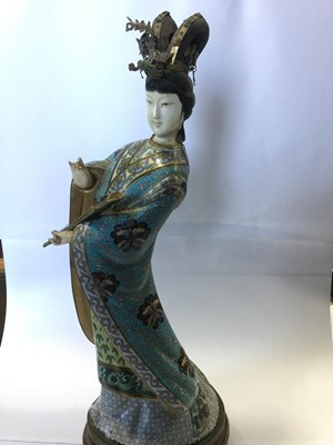 Lot 811 - A 20TH CENTURY CHINESE CLOISONNE FIGURE