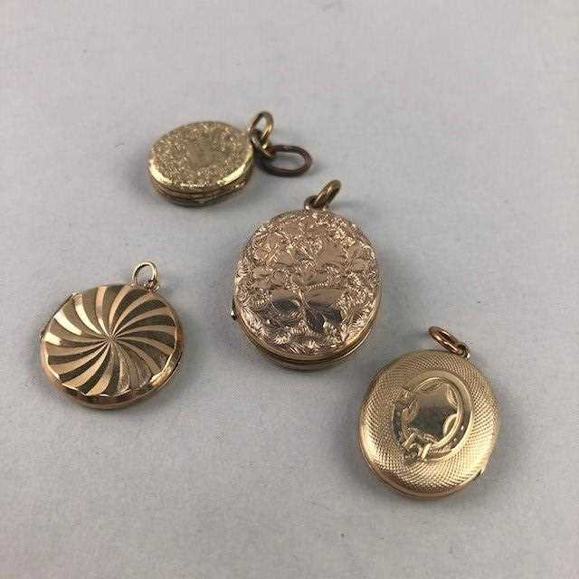Lot 17 - A LOT OF FOUR VINTAGE YELLOW METAL LOCKETS