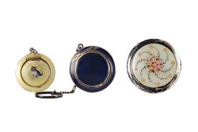 Lot 1708 - A CHARMING GUILLOCHE ENAMEL COMPACT AND TWO OTHERS