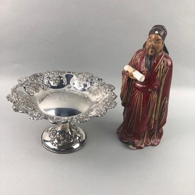 Lot 146 - A 20TH CENTURY CHINESE PAINTED FIGURE AND A PLATED TAZZA