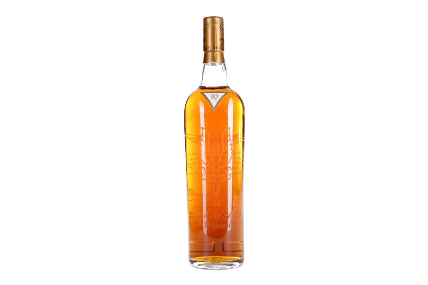 Lot 186 - MACALLAN 22 SPECIAL AIR SERVICE REGIMENT 10 YEARS OLD