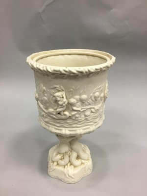 Lot 1098 - A BELLEEK 'PRINCE OF WALES' ICE PAIL AND COVER