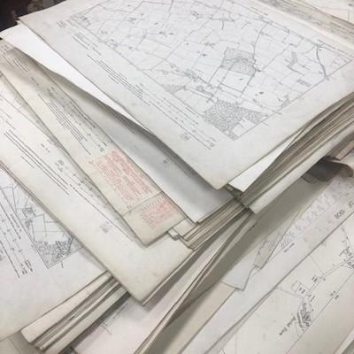 Lot 194 - A LARGE QUANTITY OF ORDNANCE SURVEY MAPS