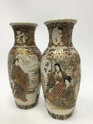 Lot 864 - A PAIR OF JAPANESE VASES