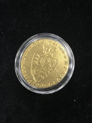 Lot 16 - A GEORGE III GOLD SPADE GUINEA DATED 1790