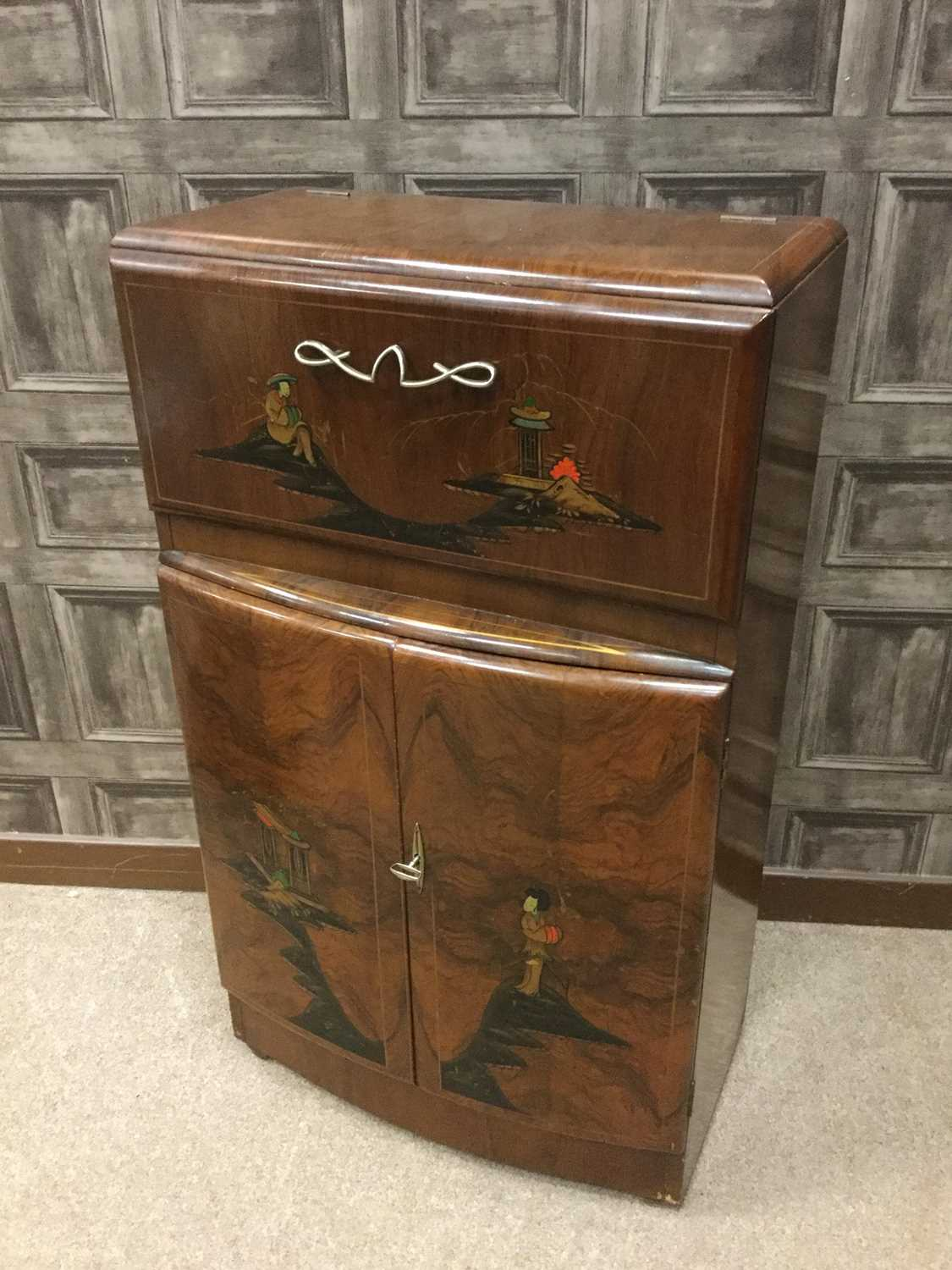 Lot 1600 - AN EARLY 20TH CENTURY JAPANNED WALNUT COCKTAIL CABINET
