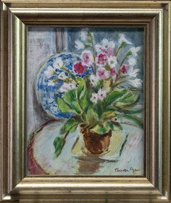 Lot 432 - PRIMULA OBCONICA, AN OIL BY THERESA FLYNN