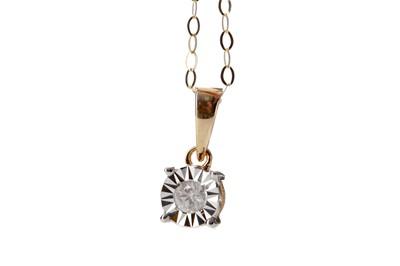 Lot 341 - A DIAMOND SOLITAIRE PENDANT