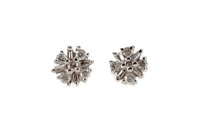 Lot 348 - A PAIR OF DIAMOND STUD EARRINGS