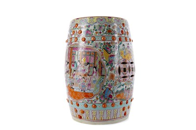 Lot 712 - AN EARLY 20TH CENTURY CHINESE CERAMIC POLYCHROME BARREL SHAPED STOOL