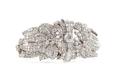 Lot 511 - A VERY IMPRESSIVE  DIAMOND BRACELET BY BOUCHERON