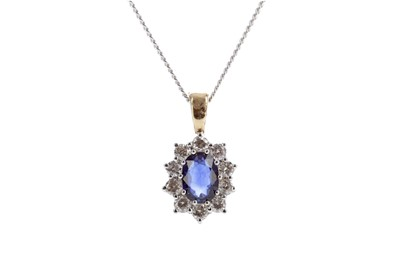 Lot 469 - A SAPPHIRE AND DIAMOND PENDANT
