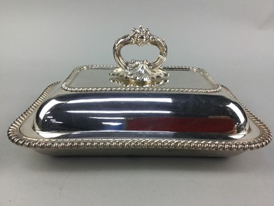 Lot 17 - A SILVER PLATED CRUET SET IN FITTED CASE AND OTHER PLATE