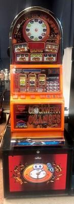 Lot 35 - A CASINO MODEL, DOME TOPPED 'CLOCKWORK ORANGES' £35 JACKPOT FRUIT MACHINE