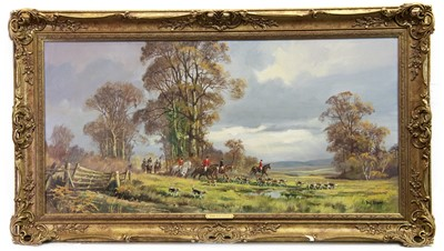 Lot 116 - THE HUNT, AN OIL BY DONALD VAUGHAN
