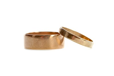 Lot 542 - TWO GOLD WEDDING RINGS