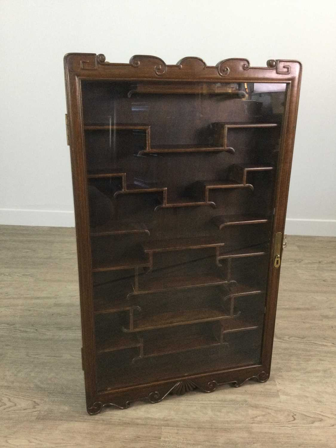Lot 776 - A 20TH CENTURY CHINESE WALL MOUNTING DISPLAY CABINET