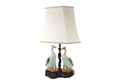 Lot 780 - AN EARLY 20TH CENTURY CHINESE TABLE LAMP