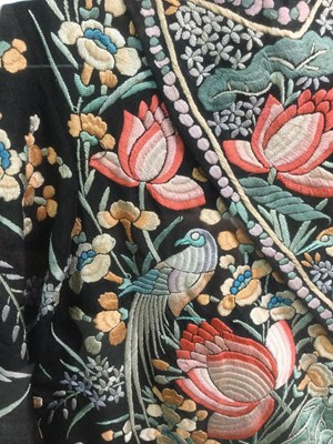 Lot 783 - A CHINESE MAHJONG JACKET IN AN EBONISED DISPLAY CASE