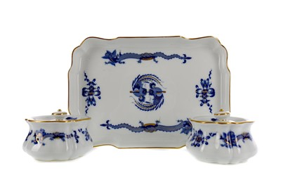 Lot 1047 - A MEISSEN RECTANGULAR TRAY AND A PAIR OF INKWELLS