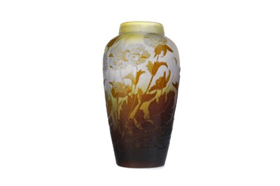 Lot 1091 - A GALLE CAMEO GLASS VASE